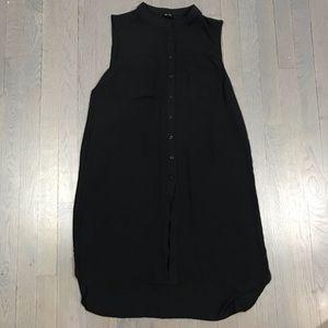 Forever 21 Sleeveless Black Button Down Tunic Top